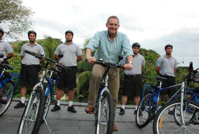 Implantação da bike patrulha na UPP Batam
