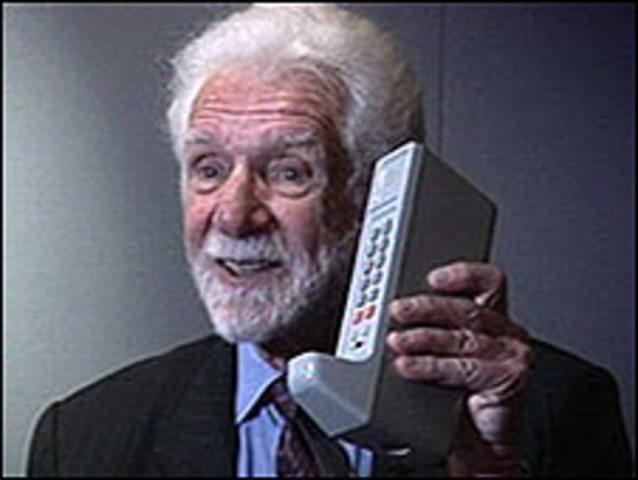 Primer Teléfono Celular