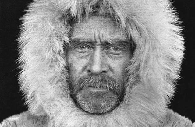 Robert Peary llega al Polo Norte