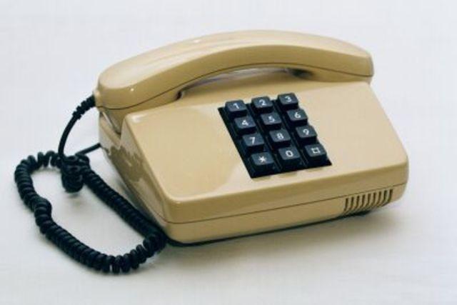 Erstes kommerzielles Festnetztelefon