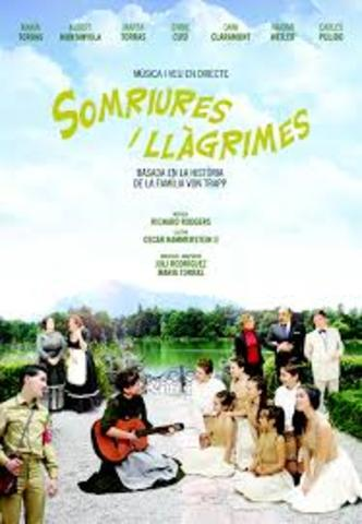 SOMRIURES I LLAGRIMAS