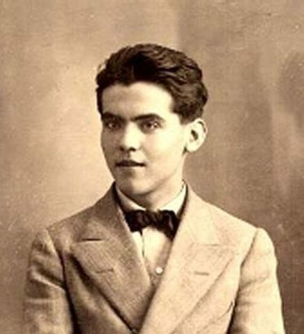 Federico García Lorca 5 de Junio de 1898 – 18 de Agosto de 1936