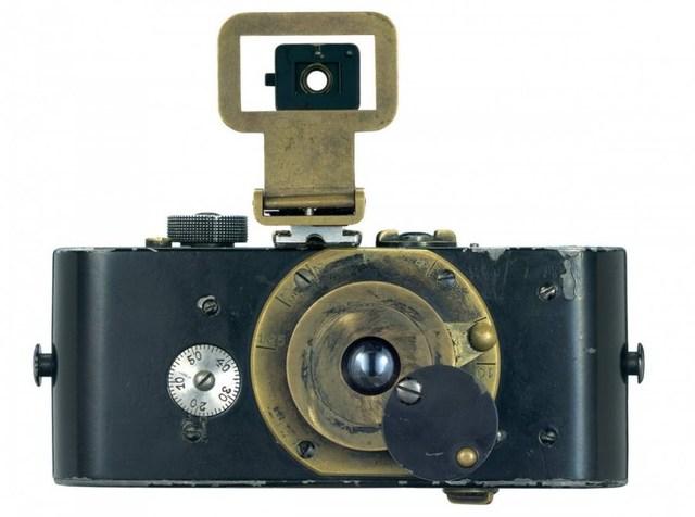 1913 Candid Camera (Key Development 1)