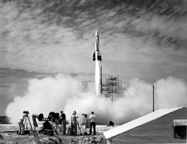 1st missile tested by JPL
