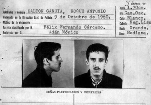 1975 Muere El poeta Roque Dalton