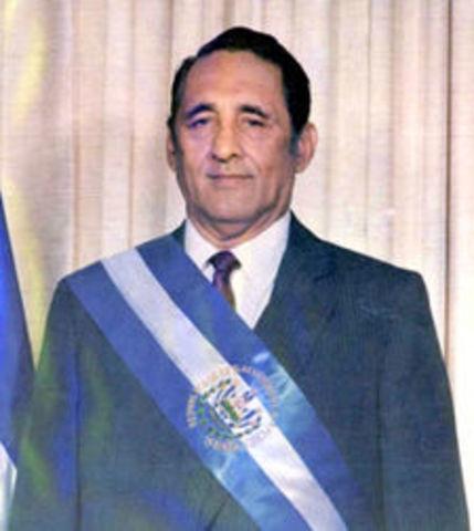 lecciones y es electo presidente José Napoleón Duarte