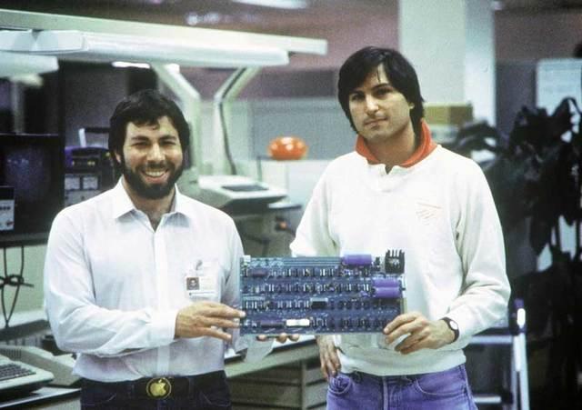Steve Jobs Meets Steve Wozniak