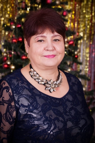 С 26 декабря 2014 года детский сад возглавляет Ардакова Маргарита Владимировна.