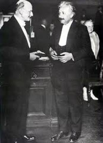 El Premio Nobel concedido a Einstein 1921
