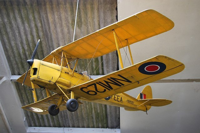 The First Twinplane/Biplane