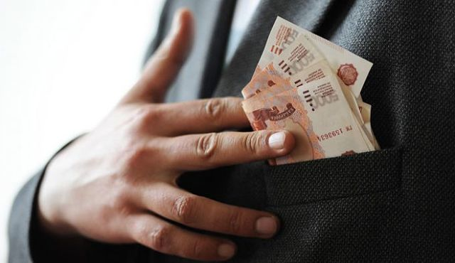 Громкие коррупционные скандалы и задержания в России