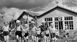 История появления детских садов. timeline