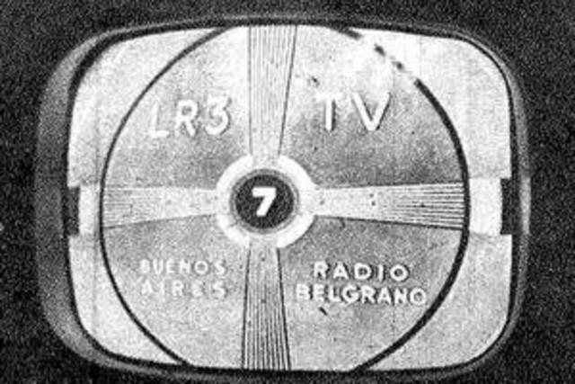 Primera emisión televisiva (Reino Unido, 1927 d.C.)