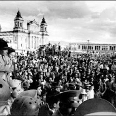 Eventos Históricos en Guatemala del Siglo XX timeline