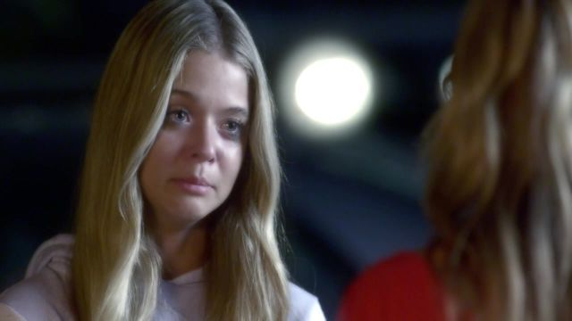 Alison Has a Pregnancy Scare