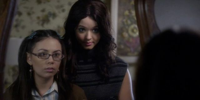 Mona Helps Alison Leave Rosewood