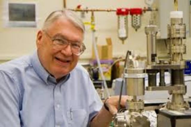 Investigacion sobre los procesos quimicos  en superficies solidas