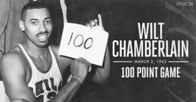 Wilt Chamberlain Sets A Record