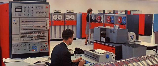 IBM 360, 1964.