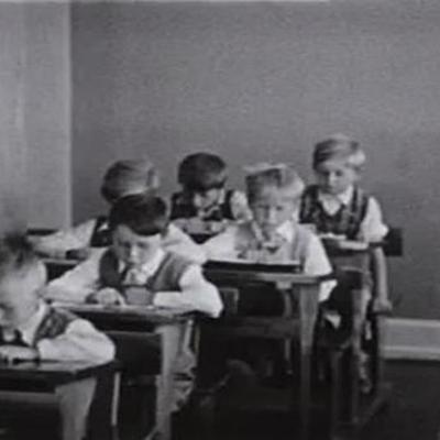 Skolen i samfundet timeline