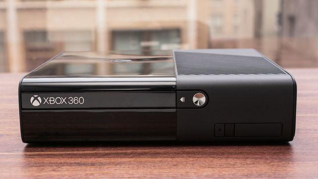 Xbox 360 Superslim.