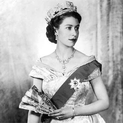 La vida de la reina Isabel II del Reino Unido timeline
