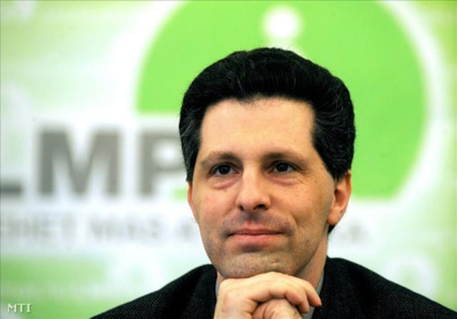 Schiffer András kiszáll a pártpolitikából