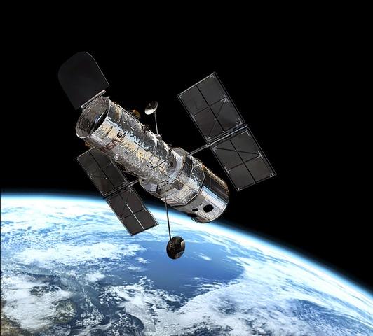 El primer satèl·lit