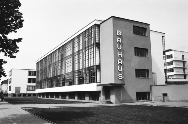 Translado de la Bauhaus de Desau a Berlín
