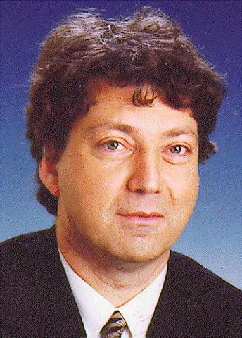 Pető Iván, a párt új elnöke