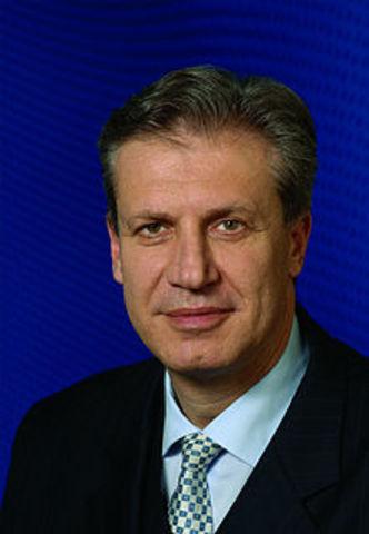 Magyar Bálint, a párt új elnöke