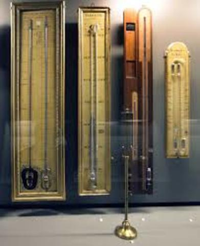 Evangelista Torricelli developed the first mercury barometer.