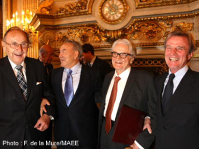Firma de la Carta de Paris
