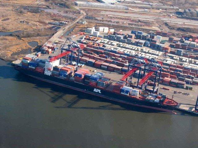 Establecimiento de una Zona de Comercio Libre