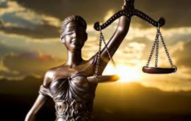 Fundación del Derecho