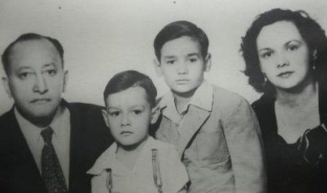 Nació en Ciudad de Guatemala el 19 de octubre de 1899