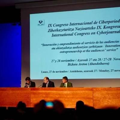 IX Congreso Internacional de Ciberperiodismo  timeline