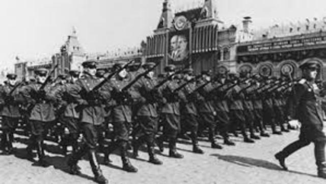 Russia withdraws from World War I