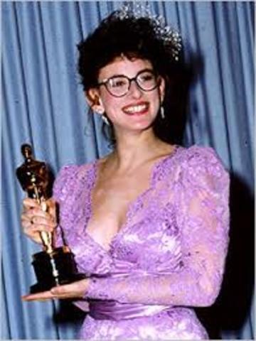 Deaf Actress Wins Oscar
