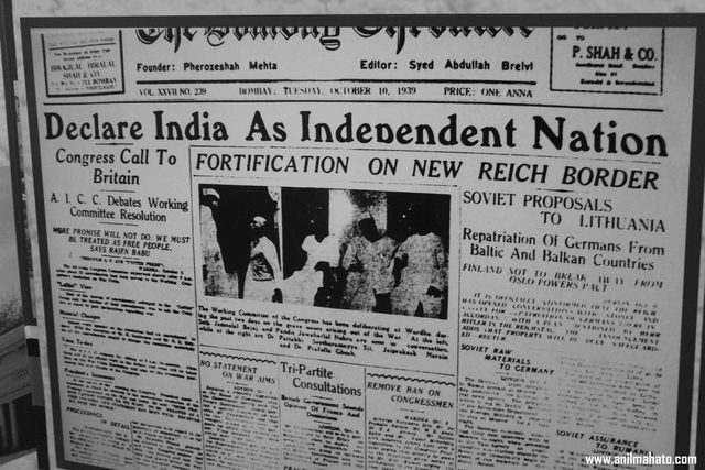 Gandhi publishes the Declaration of Independence for India