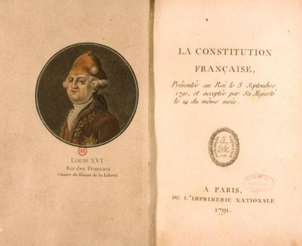 Viene votata la nuova costituzione