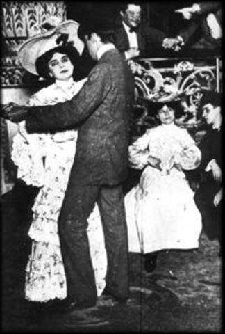 Arriba la febre del tango a Europa i Estats Units.