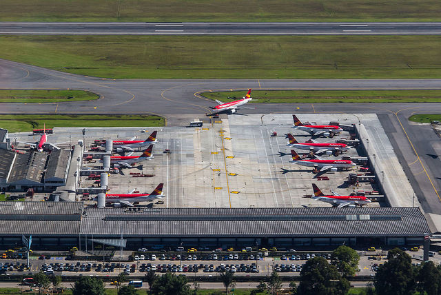 Inauguracion terminal puente aereo.
