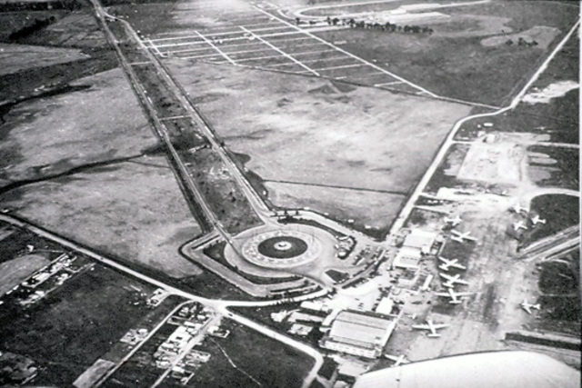 Primer aeropuerto en Bogota.