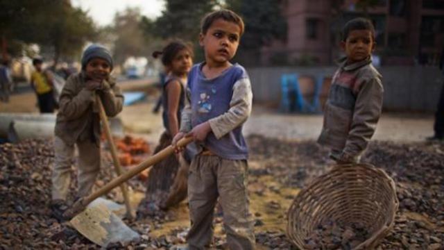 Niño esclavo del adulto siglo xIx