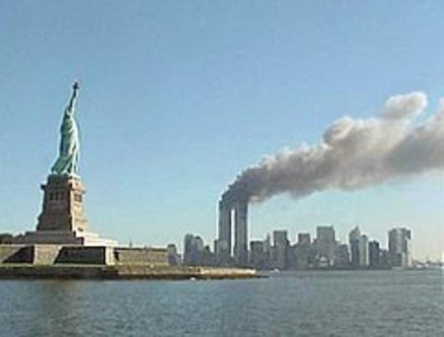 SEP 11 2001 Los ataques terroristas del 11 de septiembre del 2001 Ámbito Político