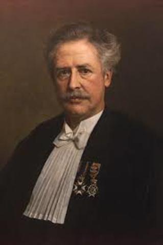 Nace Hermann Snellen