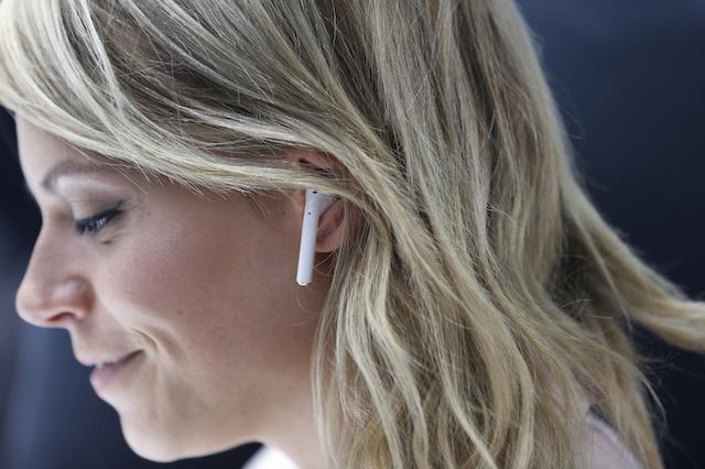 El iPhone 7 mató al cable de los cascos