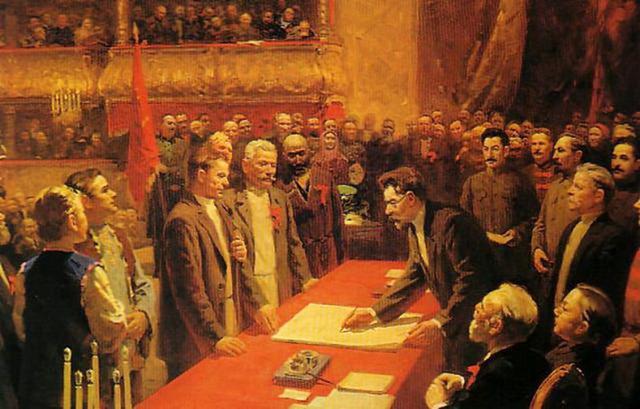 10) A formação da URSS