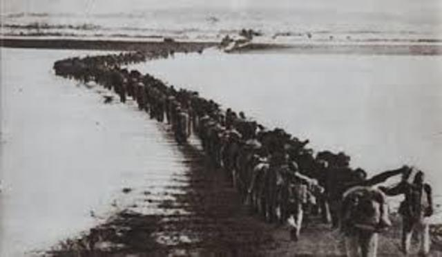 •	Chinese forces cross Yalu and enter Korean War